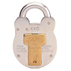 Squire 440 - Old English - Medium Galvanised Steel Padlock - 4 Lever